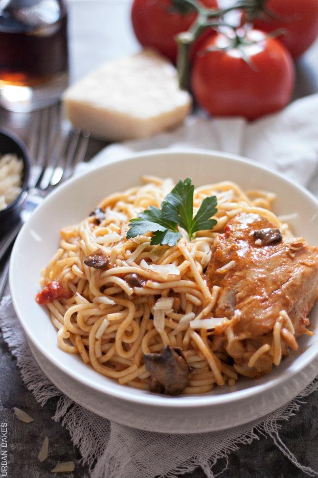 Tallarin con Pollo AKA Ecuadorian Style Spaghetti with Chicken | URBAN BAKES