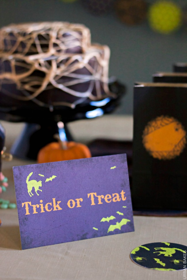 Minted Spirited Halloween Party | URBAN BAKES