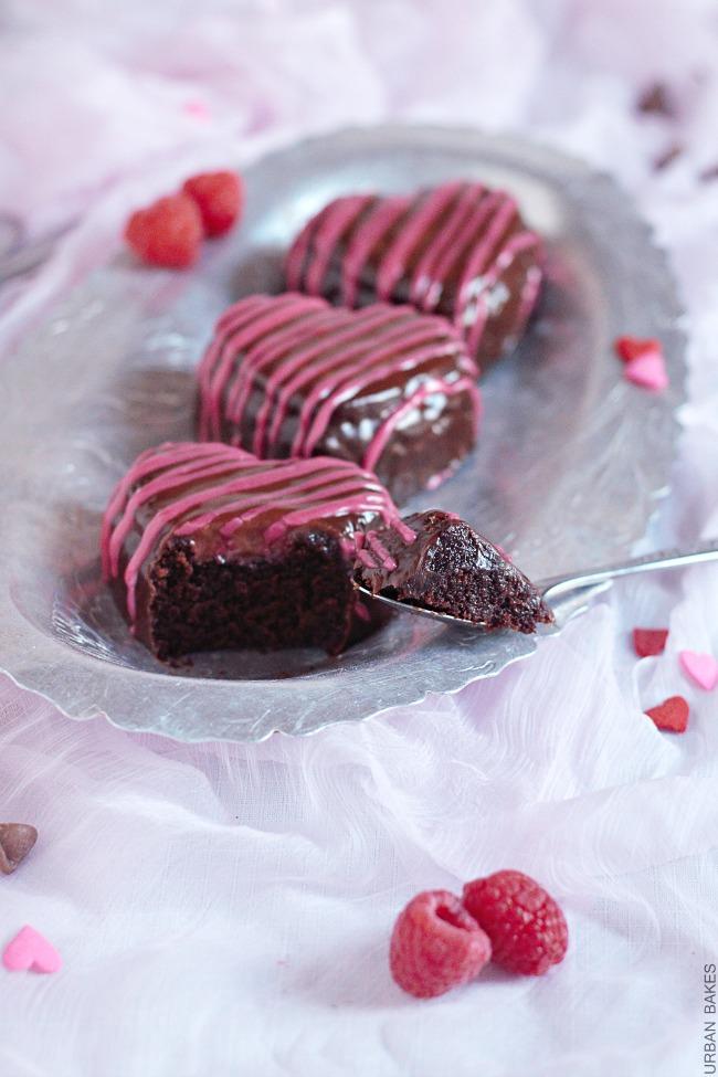 Raspberry Glazed Mini Chocolate Cakes | URBAN BAKES
